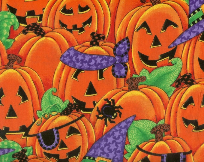 Happy Jackolanterns in costume for Halloween. 100% cotton fabric, Sold by( multiple lengths)  #114