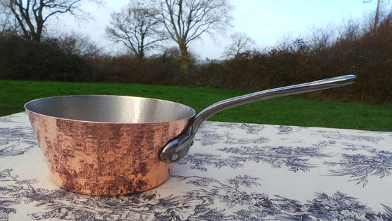 Copper Pan Tupperware Hammered Vintage French Solid Copper Windsor Saute Pan Cast Iron Handle Fully Tin Lined French Normandy Kitchen