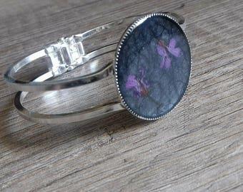 Gunmetal black flower cabochon Cuff Bracelet flower bracelet purple black flower Bracelet black purple violetteBracelet