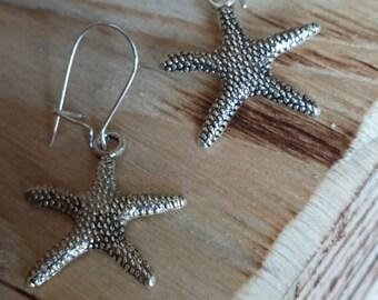 Starfish charm earring on Kidney hooks # 152