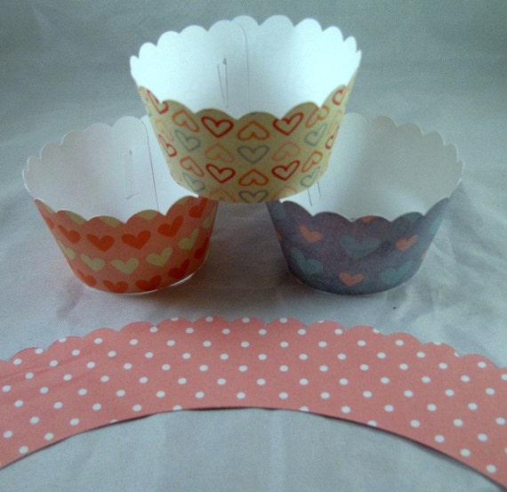 Cupcake Wrappers, Set of 12, Pastel Hearts