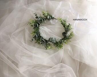 Green Flower Crown / Hair Vine Flower Crown / Flower Crown / Hair Vine Floral Crown / Flower Girls / Bridesmaids / Rustic Wedding / Bohemian