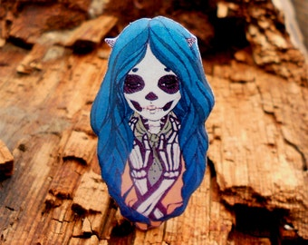 Day of the dead, skull girl girl skeleton, skull brooch, skull jewelry, skeleton jewelry, skull pin, the lovely bones.