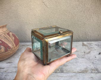 Small vintage etched thick beveled glass box with hinged lid