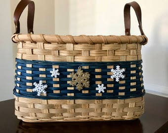 Handy Utility Basket with Snowflakes