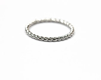 14k Solid Gold Braided Band Ring 1.50 mm Stacker, Thin Twisted Band Ring, Midi Ring, Knuckle Ring with Sizing Bar