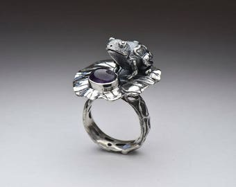 Frog silver amethyst ring, fairy tale ring, purple lilac gem ring, frog jewelry, silver frog, amethyst jewelry, solid sterling silver