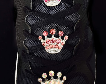 Crowned Ruler Shoelace Charm