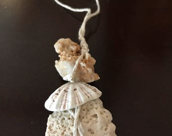 Necklace with coral and white quartz/necklace quartz