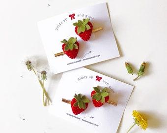 Strawberry Pigtail Set Felt Flowers, giddyupandgrow
