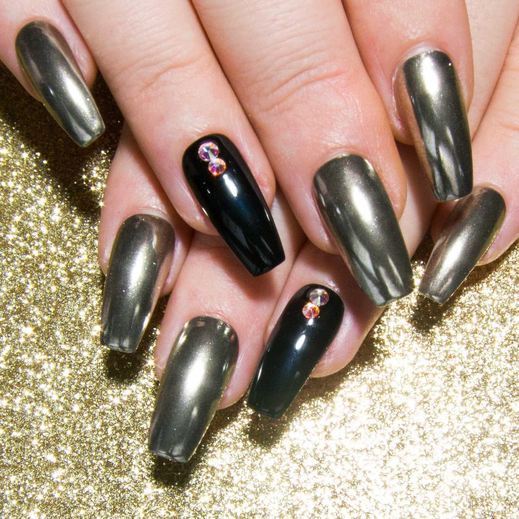 Silver Chrome Nails - Black & Mirror Fake Nails - Press On Nail Set ...
