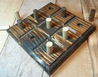 Tic Tac Toe Board, Pallet Wood Table Accent, Rustic Tic Tac Toe Board