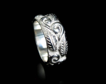 Sterling Silver Leaf and Filigree Ring