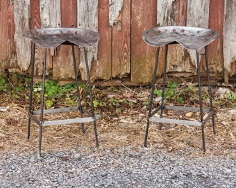 FREE SHIPPING - Outdoor Patio Vintage Tractor Seat Bar Stools - Great for restaurants, bars and cafes!