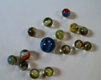 Lot of 1960s swirl marbles with nice blue 7/8 inch shooter marble