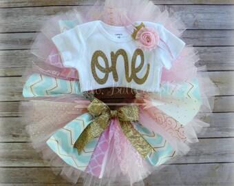 First birthday outfit girl, Girl 1st birthday outfit, Cake Smash outfit, Birthday Bodysuit, Birthday shirt, Girls first birthday tutu