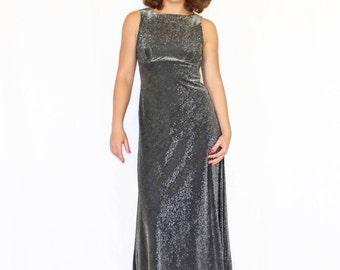 Halter Maxi Dress. 1980s Black Silver Metallic. Prom dress. Cocktail  Dress by Linda Bernell. Slinky Party Dress. Wedding.