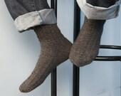 Knit men's socks 4 option colors Hand knit mens socks Men's knitted socks Winter men's socks Wool men's socks MADE TO ORDER