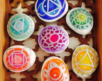 Hand Painted Set of 7 Chakra Stones Healing Balancing Gift Boho Hippie Decor