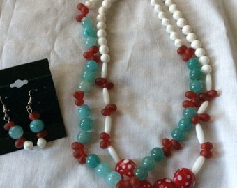 Glass necklace w/ matching ear