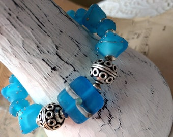 """A gorgeous """"Sea Glass"""" style lampwork and silver Bracelet and Earring Set"""