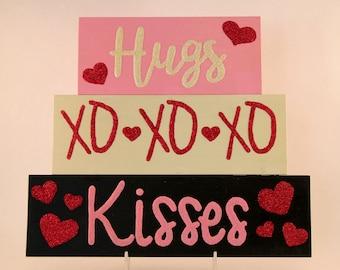 Hugs and Kisses, Front Door Decor