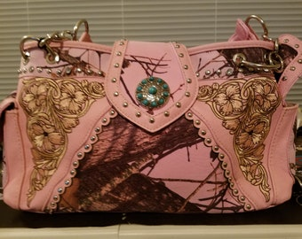 Kick Ass Pink leather conceal carry bag