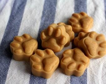 Peanut Butter, Banana, and Yogurt Pawprint Delights