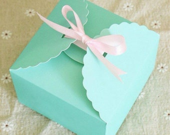 50x Mint Green Paper Boxes | Bomboniere Favour Box | Wedding & Party Christmas Gift Box for Chocolate Bakery Cookie Candy 9x9x6cm