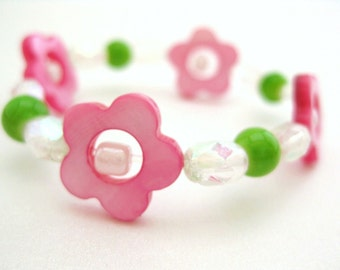 Pink Flower Bracelet, Pink and Green, Summer Spring Bracelet, Girls Pink Flower Stretch Bracelet, Small, GBS 126