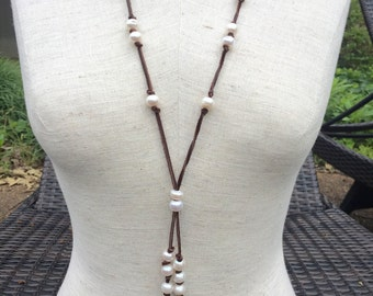 Leather and fresh water pearl adjustable necklace lariat