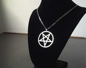 Silver Pentagram Pendant / Pentagram Jewelry / Wiccan Pendants / Occult Art / Satanic Necklaces / Black Metal / Geometric Handmade Necklace