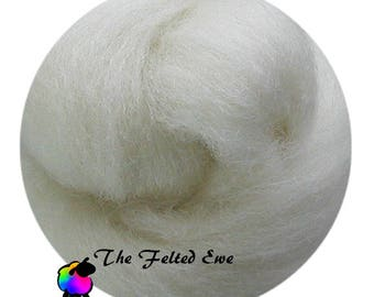 Needle Felting Wool Roving / DR1 - Winter White Carded Wool Roving