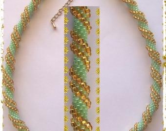 26 - Beaded Crochet Necklace - Kette - Perlenkette - Häkelkette