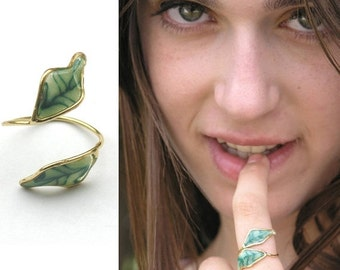 Leaf ring. Green ring. Nature inspired ring. Teenager  gifts. Botanical ring.