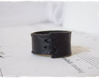 Black Leather Ring, Men's Leather Ring, Men's Black Ring, 3rd Anniversary Ring, Leather Anniversary Band, Gothic Ring, Black Band Ring