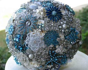 BROOCH BOUQUET BLUE