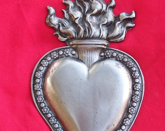 Large Tin/Silver Flamed Sacred Heart Milagro Ex Voto