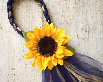 Sunflower Chair Hangers, Sunflower Wedding, OVER 20 COLORS, Country Wedding, Sunflower Pew Bows, Barn Wedding, Reception Decor, Tulle Bows