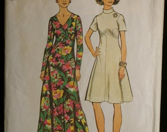 Simplicity 5850 Misses Empire Waist Dress in Two Lengths Vintage 70s Sewing Pattern Sz 10 or 42