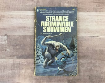 Strange Abominable Snowmen - Warren Smith - Popular Library - Vintage Paperback - Rare Book - 1970 - Science Fiction Fantasy