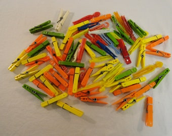 Lot Of 66 Vintage Plastic Clothespins
