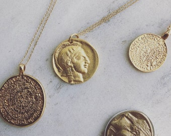 Gold coin with 9carot chain
