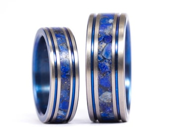 Set of two anodized titanium wedding bands with lapislazuli stones. Water resistant, very durable and hypoallergenic (03201_6N8N)