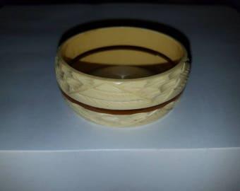 Celluloid/ Bakelite Cream Bracelet