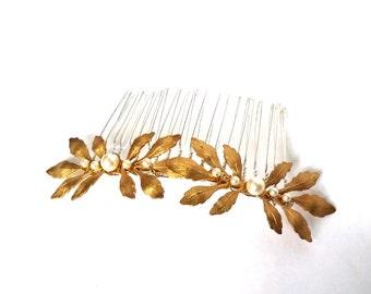 Gold leaf hair comb, gold pearl bridal hair piece, woodland wedding