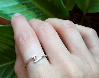 Minimal Arrow Ring