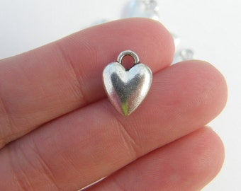 8 Heart charms antique silver tone H41