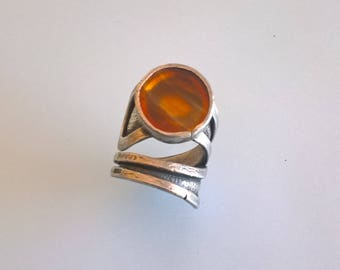 Artistic Sterling Silver Ring With A Round Transparent Agates Stone