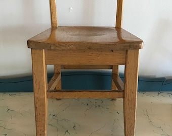 Superior Vintage School Chair   4 Available!   Charming Small Old School Decor    Solid Honey Oak Wood   Cottage Nursery
